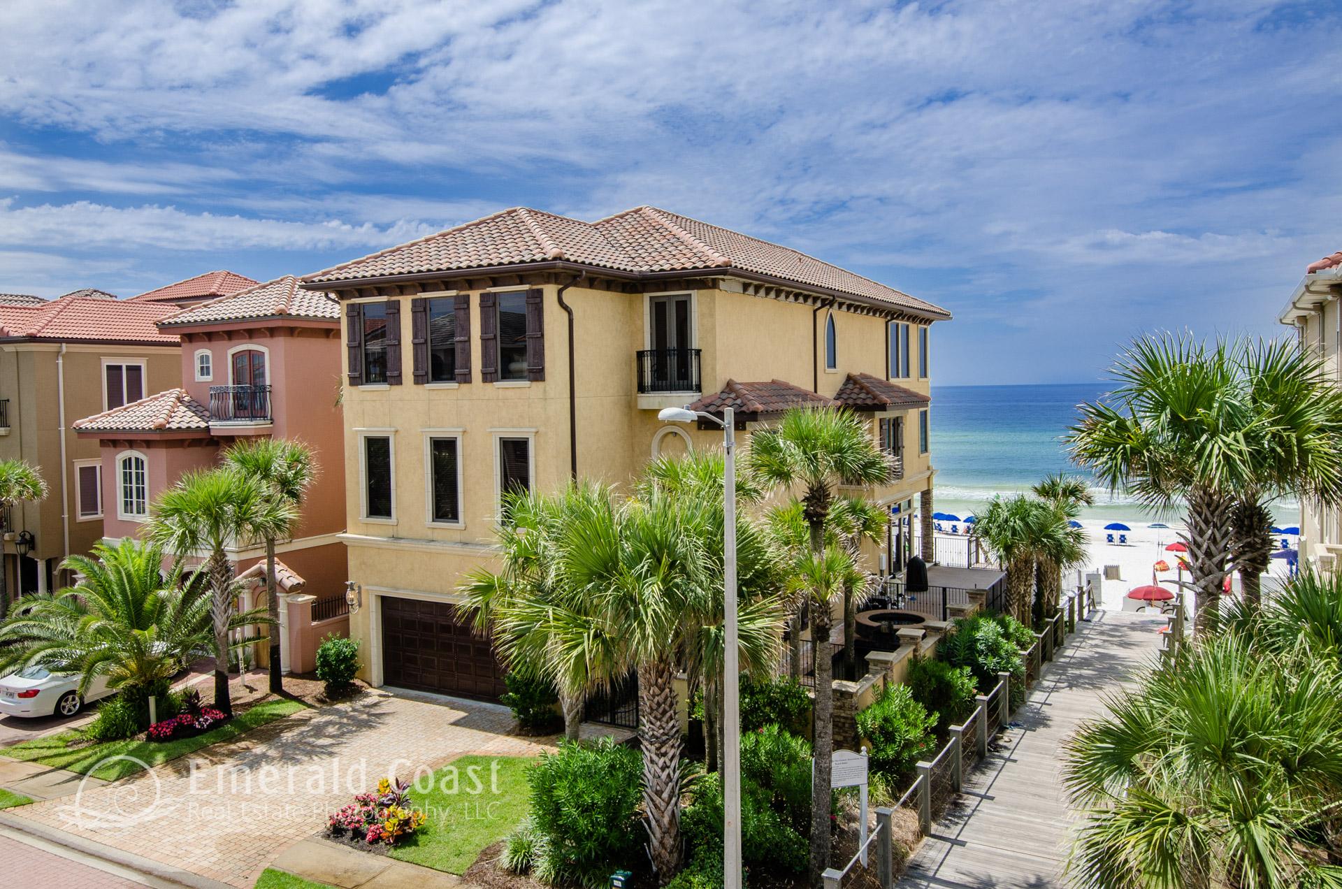 aerial photo of beach house in Destin, Florida