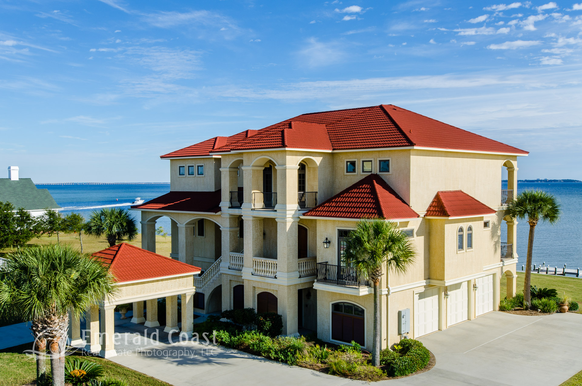 aerial photo of waterfront Gulf Breeze home
