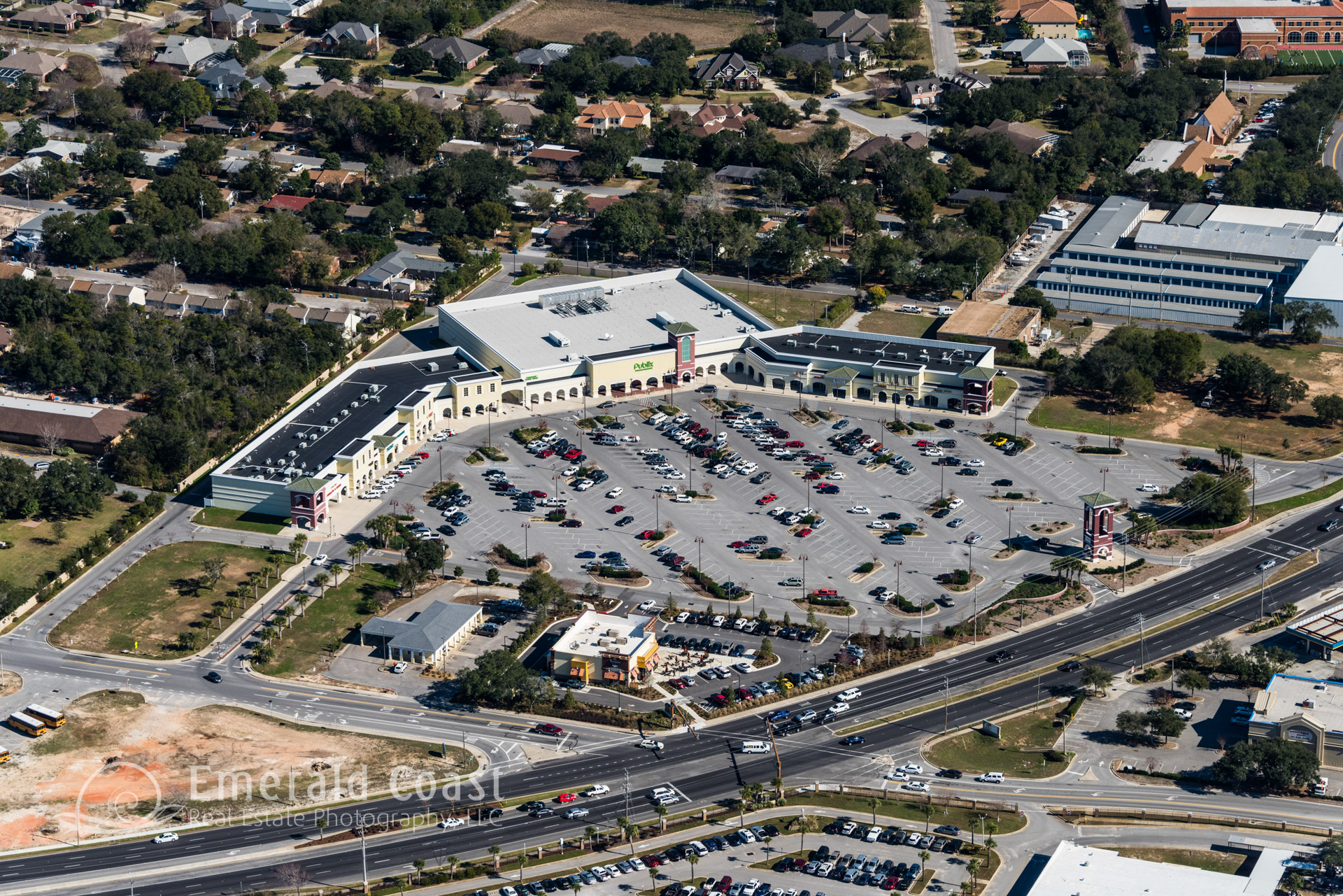 aerial photo of publix