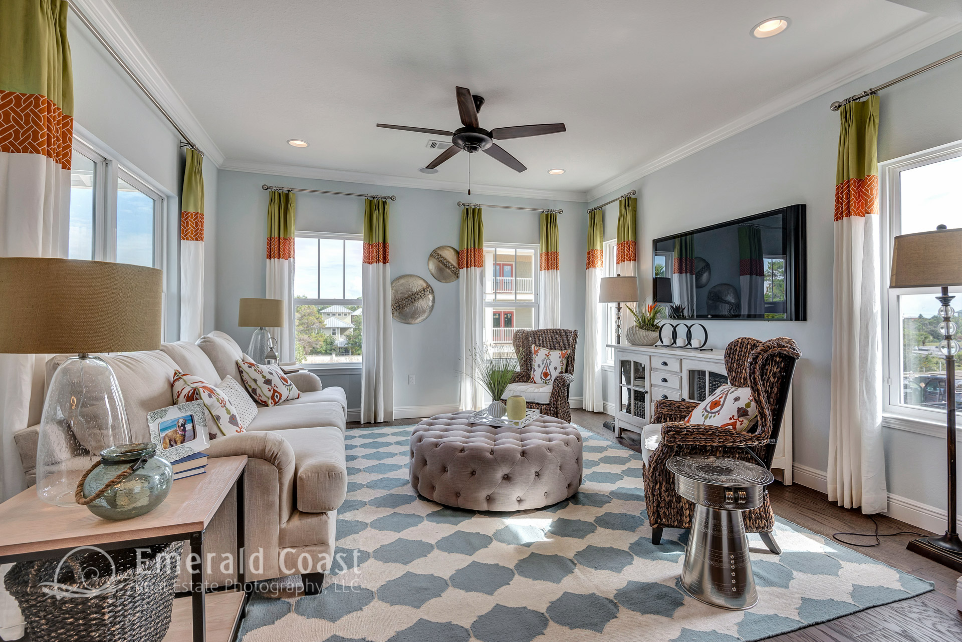 family room with green accents