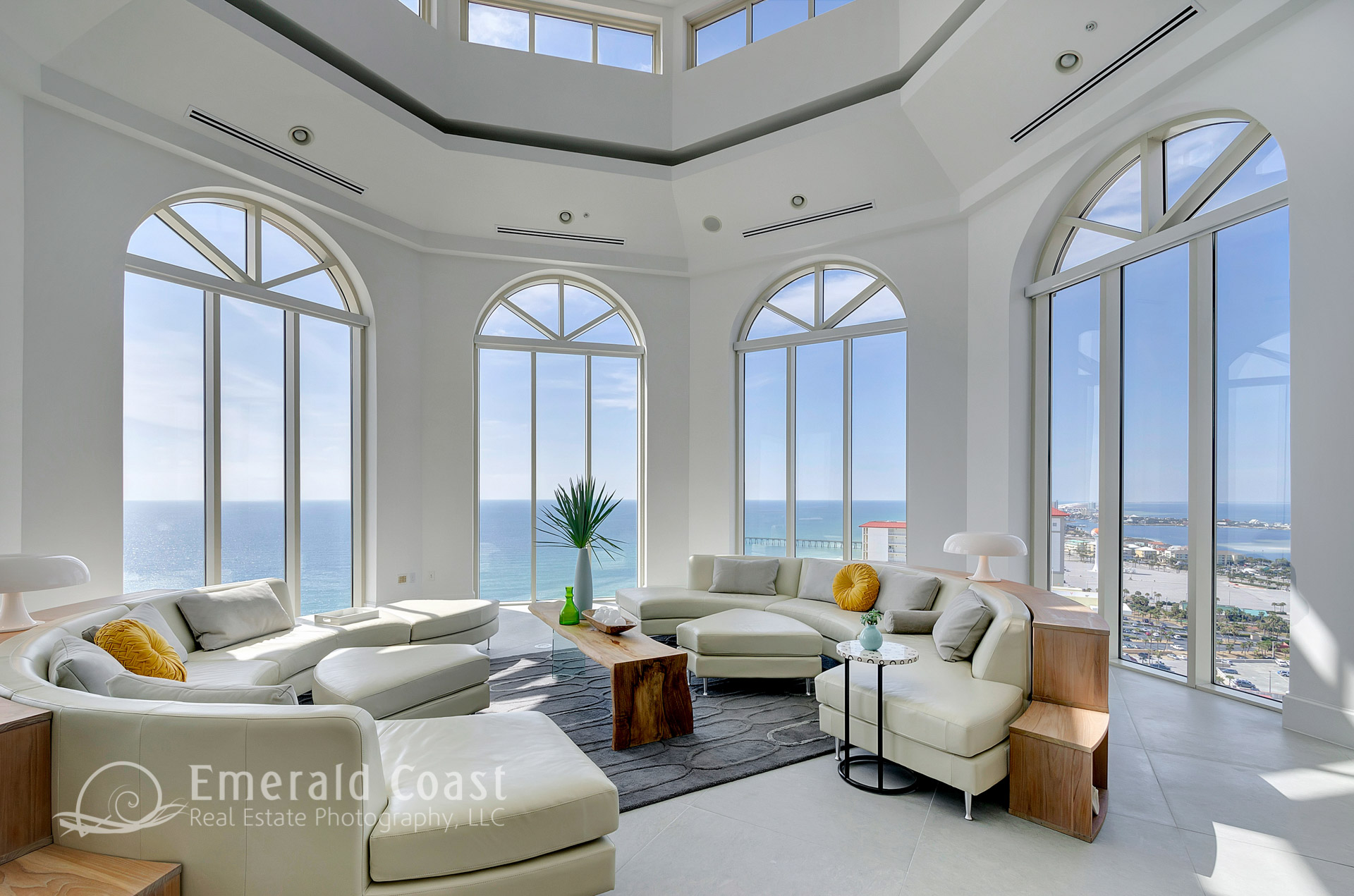 luxury gulf front living room